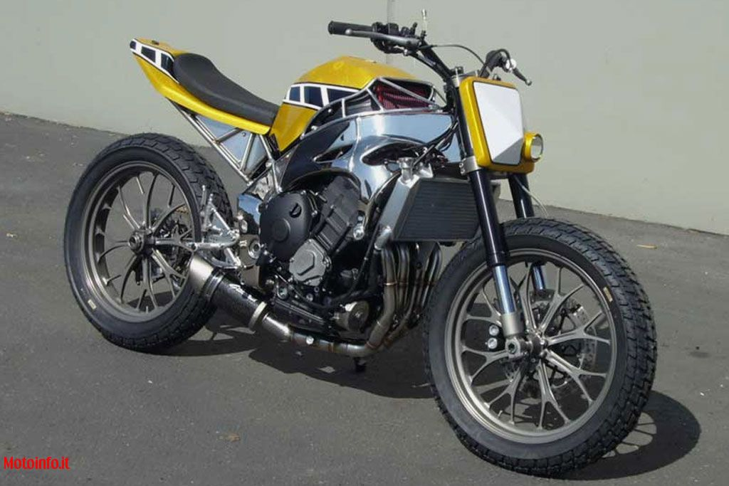 Foto: GREGGS CUSTOMS R1 TRACKER 2009