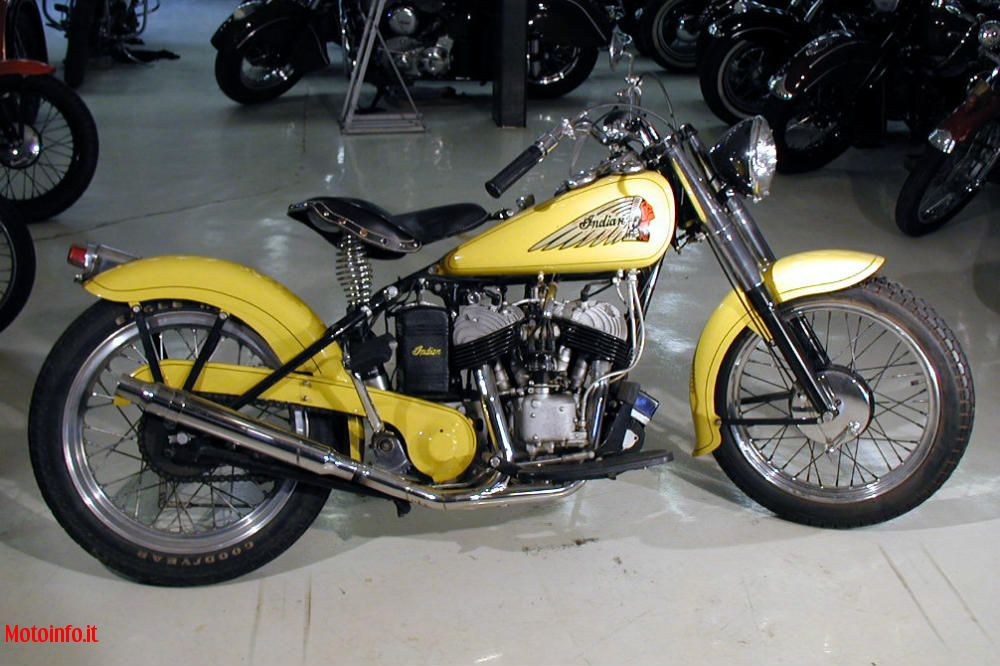 Foto: BATOR INT. INDIAN BOBBER 2012