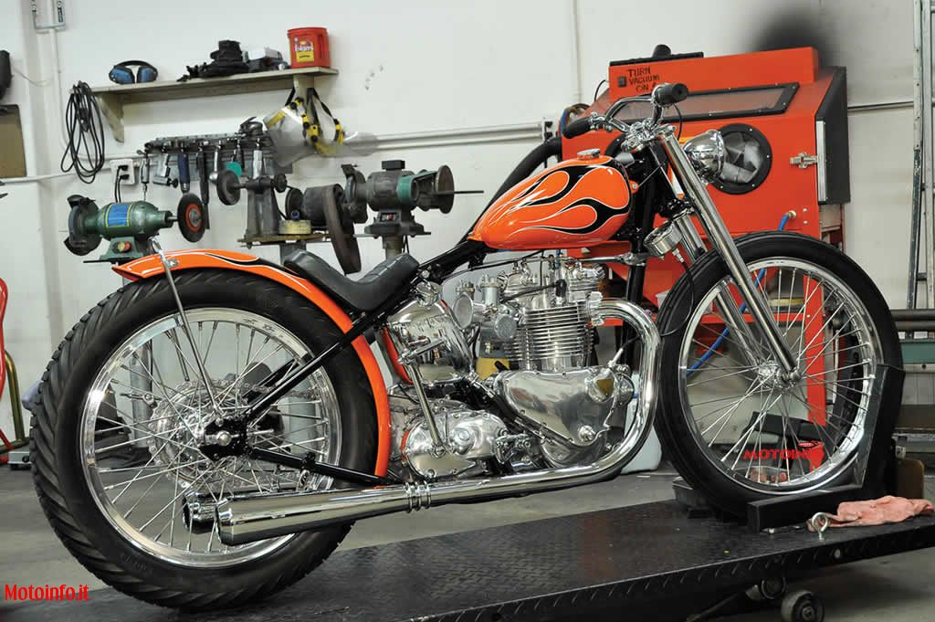 Foto: MIKE DAVIS CHOPPER TRIUMPH 2012