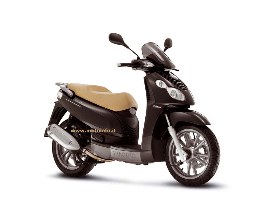 Foto: PIAGGIO CARNABY 250ie 2008